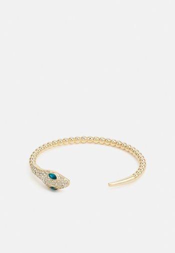 PCLAI BRACELET - Armbånd - gold-coloured/clear/green