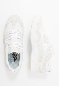 Vans - VARIX WC - Joggesko - true white/marshmallow - 1