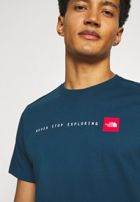 The North Face - NEVER STOP EXPLORING TEE - Print T-shirt - monterey blue - 3