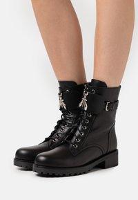 Patrizia Pepe - STIVALI BOOTS - Lace-up ankle boots - nero - 0