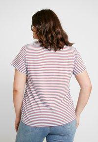 Levi's® Plus - PERFECT CREW - Print T-shirt - koronis baltic sea - 2