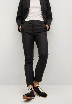 COFI - Spodnie materiałowe - black