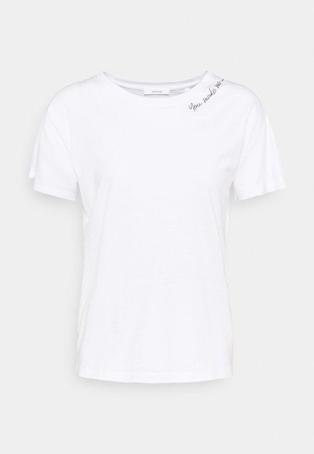 SEMBRO ROS - Jednoduché triko - white