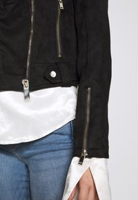 Miss Selfridge - BIKER - Summer jacket - black - 5