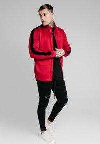 SIKSILK - IMPERIAL ZIP THROUGH HOODIE - Zip-up sweatshirt - dark red - 1