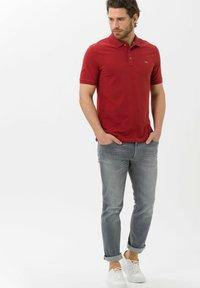 BRAX - STYLE PETE - Polo shirt - cinnamon - 1