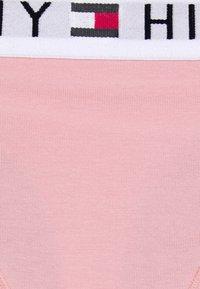Tommy Hilfiger - ORIGINAL THONG - Stringit - glacier pink - 6