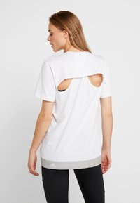 adidas by Stella McCartney - LOGO TEE - Print T-shirt - white - 2