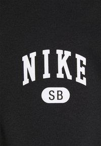 Nike SB - GRAPHIC MOCK UNISEX - Sweatshirt - black/white - 6