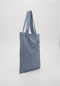 Mads Nørgaard - SOFT ATOMA - Shopping bags - navy/white - 3