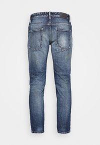 CLOSED - DROP CROPPED - Zúžené džíny - mid blue - 1