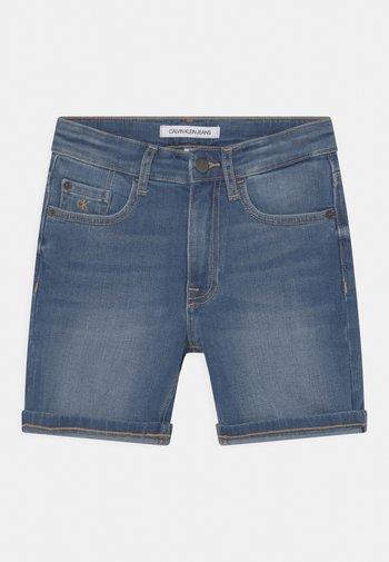 REGULAR FRESH  - Denim shorts - denim