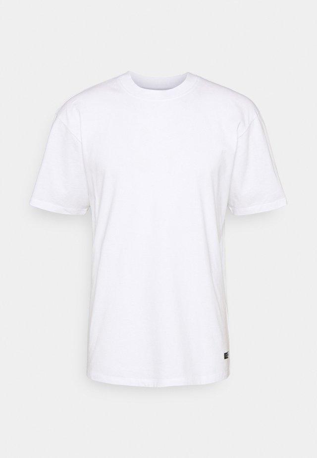 PLAIN SYNERGY UNISEX - Basic T-shirt - white