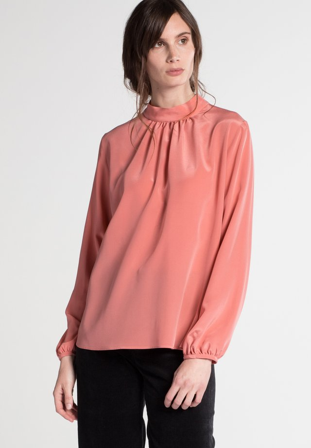 Blouse - coral