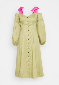 Who What Wear - OFF THE SHOULDER DRESS - Shirt dress - cedar/doll pink - 4