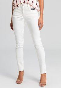 Marc Aurel - Jeans Skinny Fit - milk denim - 0