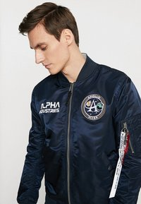 Alpha Industries - MOON LANDING - Bomberjacks - blue - 3