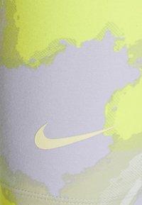 Nike Sportswear - Shorts - barely green - 7