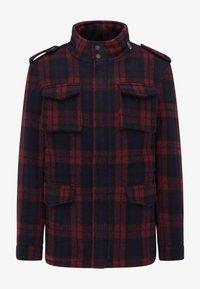 Krótki płaszcz - rot marine