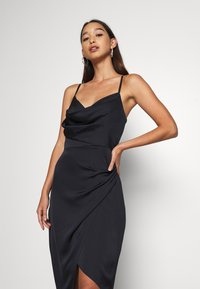 Forever New - KAHLIA ASYMMETRIC COWL NECK DRESS - Cocktail dress / Party dress - navy - 3