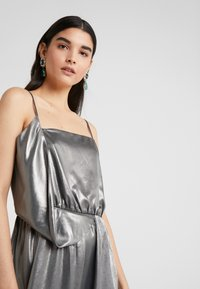 Three Floor - BOUVIER DRESS - Suknia balowa - silver - 4