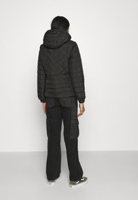 New Look - LIZZIE LIGHTWEIGHT PUFFER - Lett jakke - black - 2