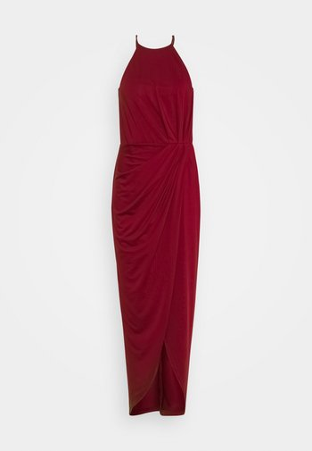 TWISTED SPORTSCUT GOWN