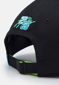 Jordan - AIR CAP UNISEX - Cap - black/university blue/volt/white - 4