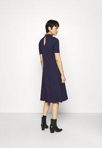 Zign - Short sleeves flared basic midi dress - Jersey dress - dark blue - 2