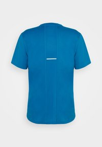 ASICS - RUN - Print T-shirt - reborn blue/french blue - 1