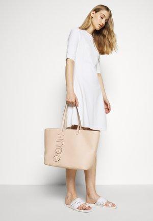 CHELSEA  - Shopper - pink
