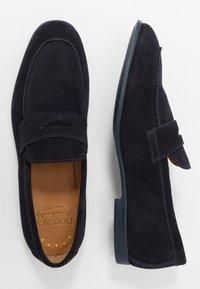 Doucal's - Elegantní nazouvací boty - unidaino blu - 1
