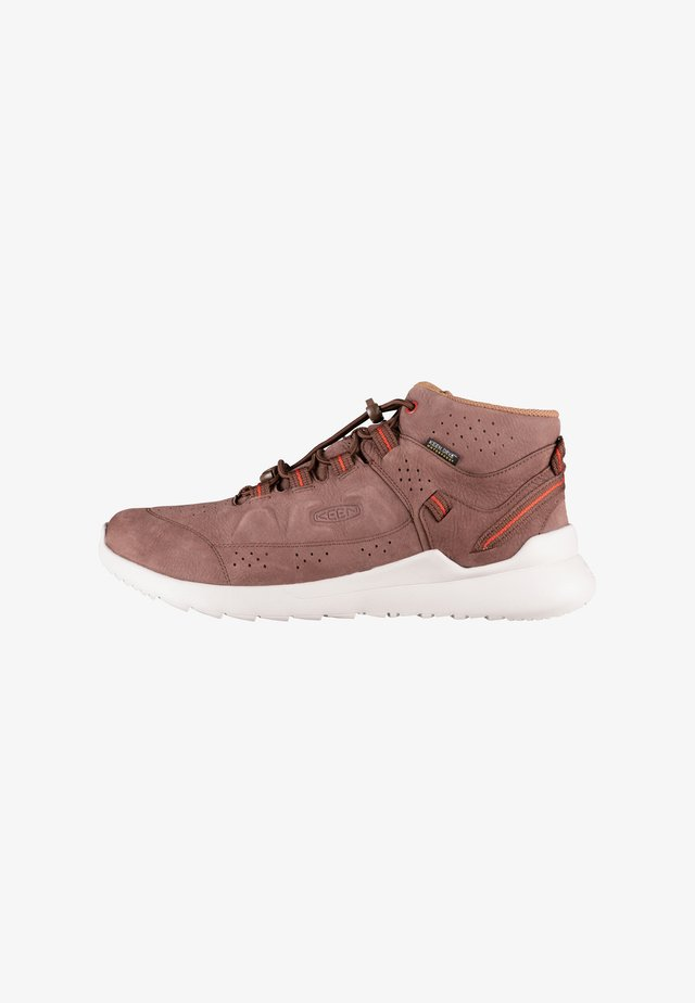 HIGHLAND CHUKKA WP - Sneakers hoog - chestnut/silver birch