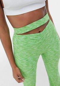 Bershka - Leggings - Trousers - green - 3