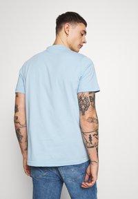 adidas Originals - TREFOIL UNISEX - T-shirts print - clesky - 2
