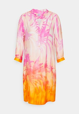 Day dress - pink/orange