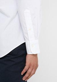 Polo Ralph Lauren - NATURAL SLIM FIT - Hemd - white - 3