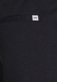 Kronstadt - CLUB JOGGER TEXTURE PANTS - Trousers - navy check - 7