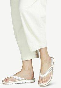 Tamaris - T-bar sandals - white - 0