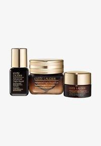 Estée Lauder - ANR EYE SUPERCHARGED COMPLEX SET - Kit skincare - - - 0