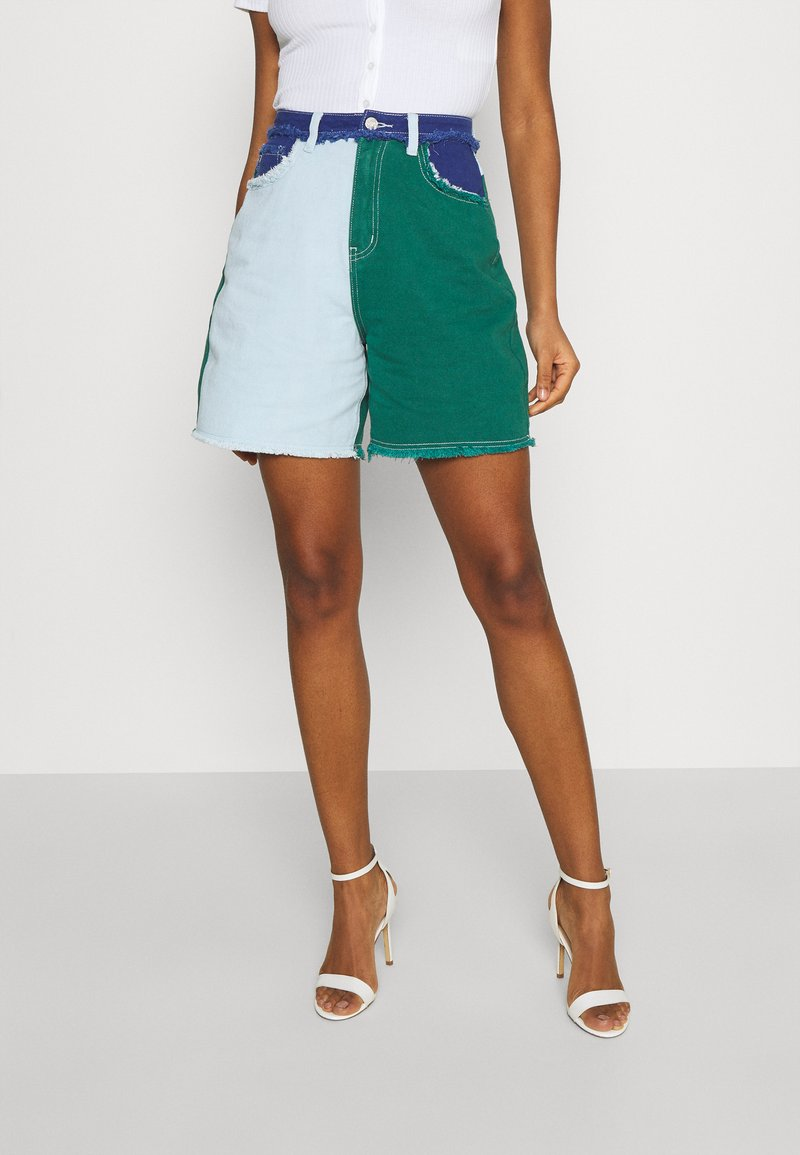 Missguided - FRAYED - Jeansshorts - green