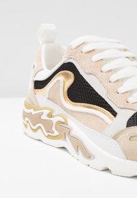 sandro - Sneakersy niskie - or - 2