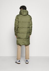 TOM TAILOR DENIM - MODERN PUFFER COAT - Cappotto invernale - tree moss green - 2