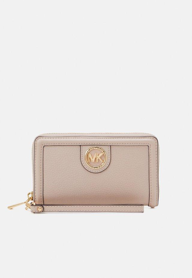 FLAT CASE - Peněženka - pink