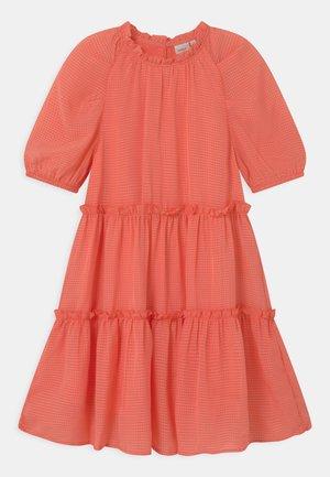 NKFHETTE  - Koktejlové šaty/ šaty na párty - persimmon
