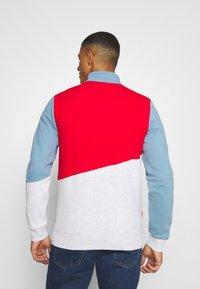Tommy Jeans - COLORBLOCK ZIP MOCK NECK UNISEX - Sweatshirt - vintage denim/multi - 2