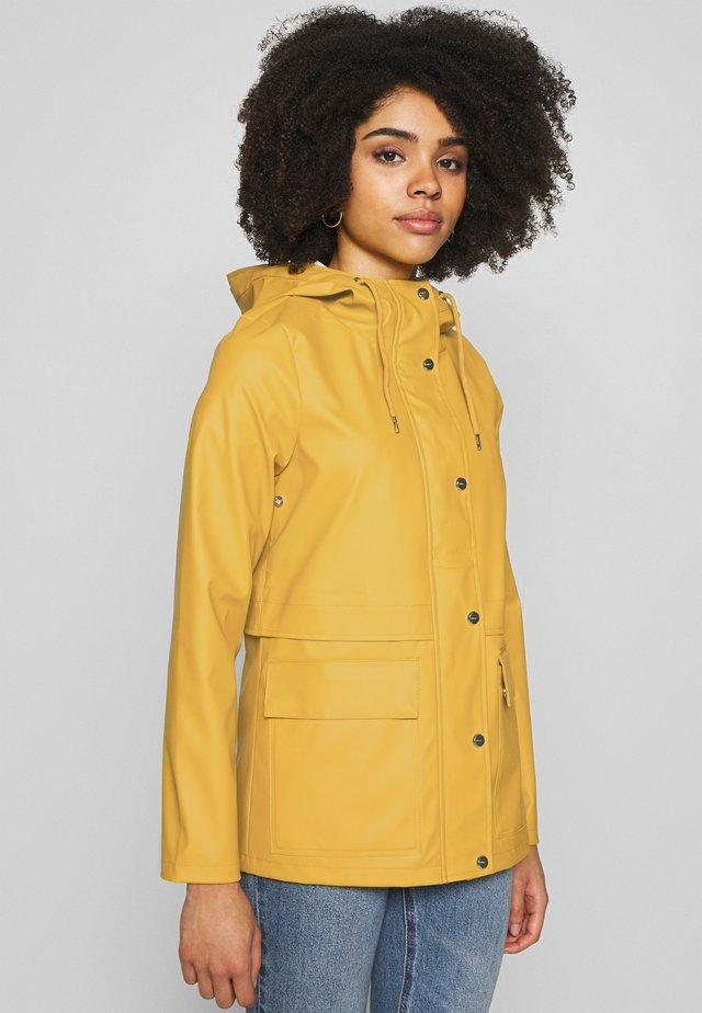 ONLTRAIN SHORT RAINCOAT - Parka - yolk yellow