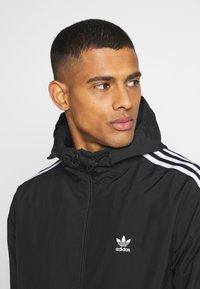 adidas Originals - 3D TREFOIL  UNISEX - Veste légère - black/white - 3