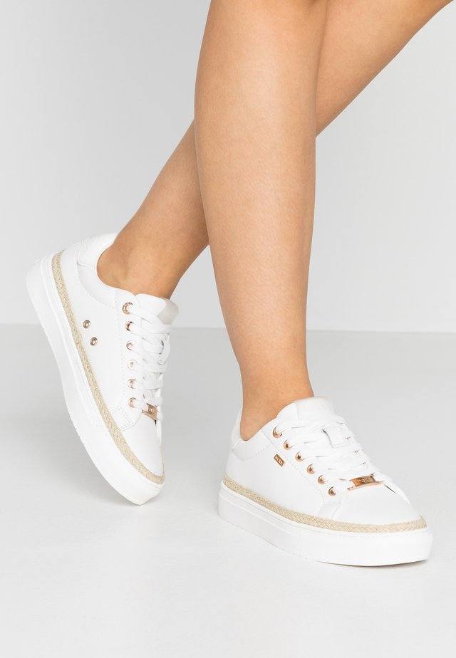 CIS - Sneakers laag - white
