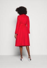 MAX&Co. - RUNAWAY - Płaszcz wełniany /Płaszcz klasyczny - red - 2